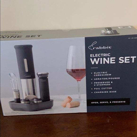 Other - - Rabbit Electric Wine Set New